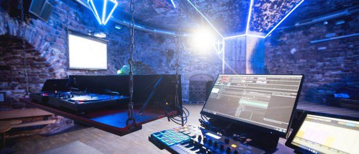 Turm Tanzsaal DJ-Pult